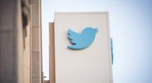 Twitter – Logo sử dụng hình học và sự tiến hóa của chú chim xanh!
