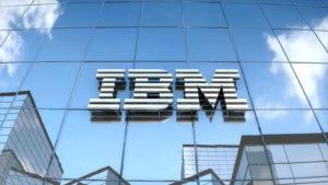 Logo IBM – Bài học về thiết kế logo đơn giản thể hiện tốc độ và sự chuyển động!